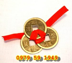 1425530108-chinese-coins-with-ribbon-286-p